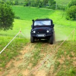 land-rover-trail